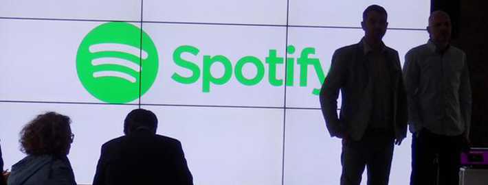 Spotify-bestraft-apple-music-user